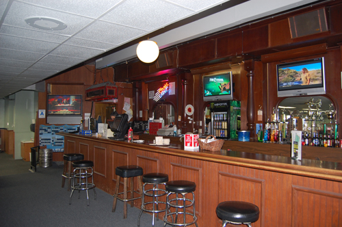 college-biiliards-bar